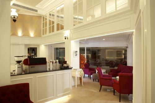 Khaosan Palace Hotel photo 61