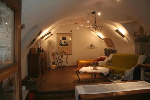 . Chambre d'hôtes La Romarine