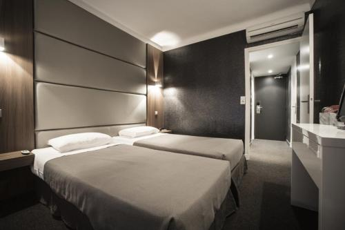 Hotel Schtak - Hôtel - Cannes