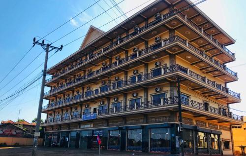 . Morning Star Hotel