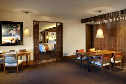 Lhasa Suite, 1 Bedroom Suite, 1 King