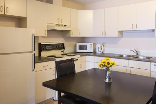 Capital Suites Yellowknife - Yellowknife, NT X1A 1E8
