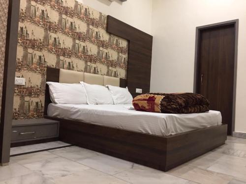 A-HOTEL com - ManJe BistRe-1, Hostel, Amritsar, India