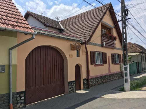 Pensiunea Ileana - Accommodation - Orlat