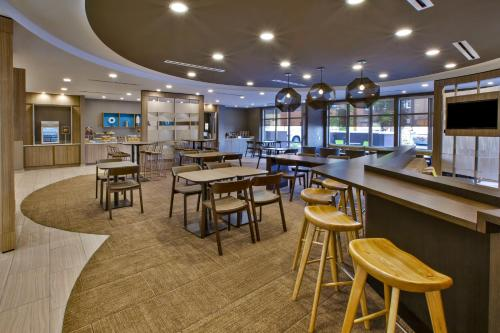 SpringHill Suites by Marriott Pittsburgh Butler-Centre City