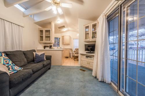 Zion's Haven Mini Home, Washington