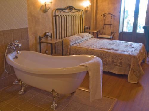 Habitación Doble Hotel Rural y SPA Kinedomus Bienestar 3