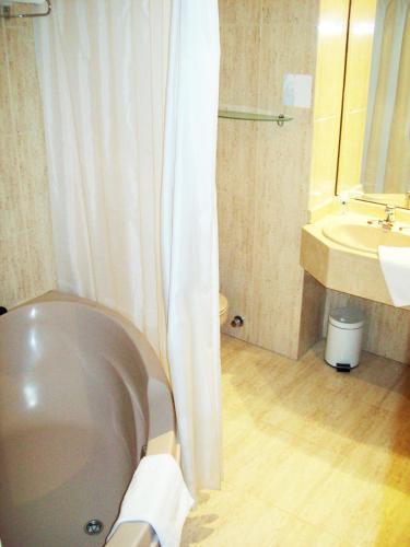 Hotel Escuela Madrid - image 10