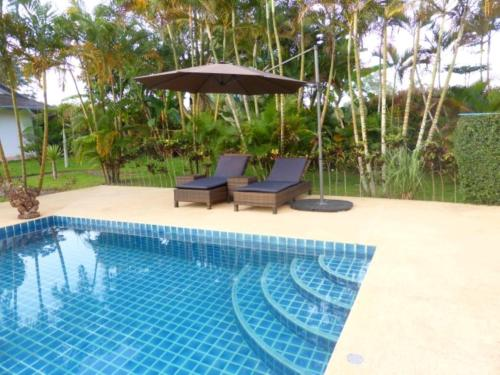 Guesthouse in Beautiful Garden with Swimmingpool Guesthouse in Beautiful Garden with Swimmingpool