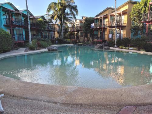 . Noosa Holiday Accommodation