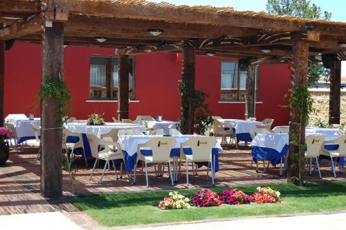 Restaurante Hotel Cuatro Calzadas 19