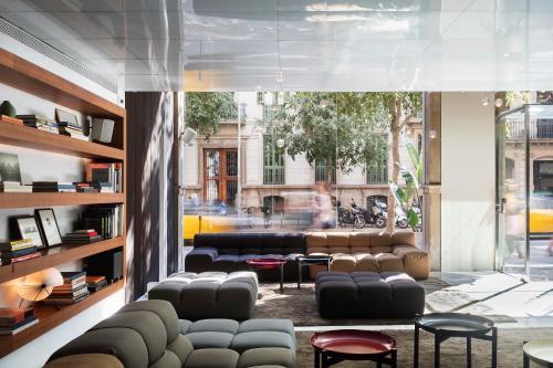 Alexandra Barcelona Hotel, Curio Collection by Hilton photo 13