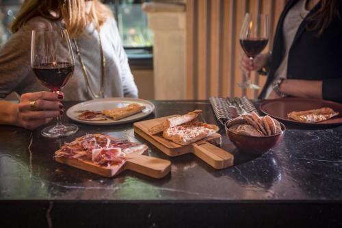 Alexandra Barcelona Hotel, Curio Collection by Hilton photo 34