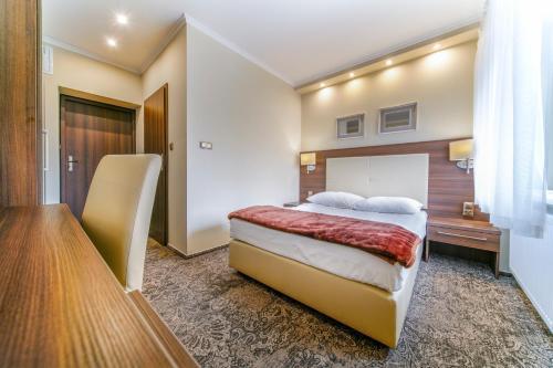 __{offers.Best_flights}__ Hotel Promien
