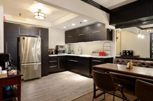 Independence Square Unit 213 - Aspen, CO 81611