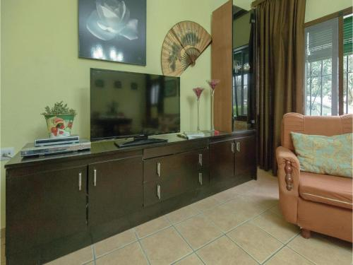 Three-Bedroom Holiday Home in Penaflor room Valokuvat