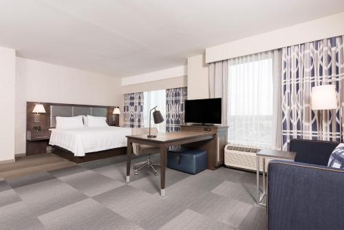Hampton Inn & Suites Indianapolis-Keystone IN - Indianapolis, IN 46240
