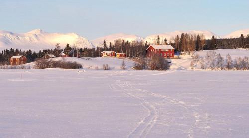 Storsjö Prästgård - Accommodation - Ljungdalen