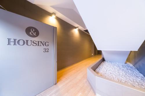 Housing32 Apartments