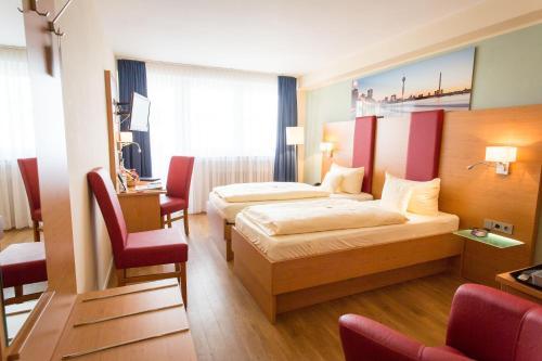 TIPTOP Hotel National Düsseldorf (Superior) photo 3