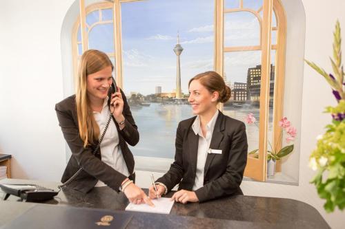 TIPTOP Hotel National Düsseldorf (Superior) photo 4