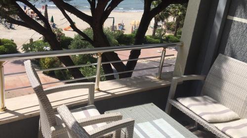 Mali i Robit Beachfront Apartment