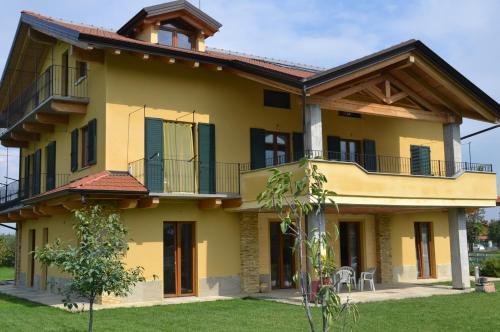 Appartamento L'albero e le stelle - Apartment - Borgo San Dalmazzo