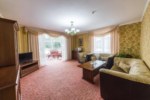. Hotel Premyer