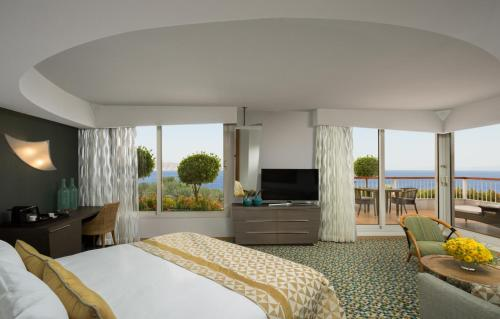Dan Eilat Hotel room photos