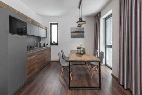 Apartamento de 2 Quartos (Two-Bedroom Apartment)