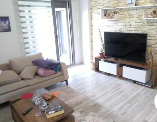 Ildir Privatzimmer mit Doppelbett Nähe Flughafen tatil