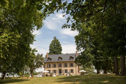 . Domaine de Savigny