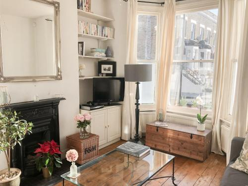 Stylish Garden Apartment In Brixton