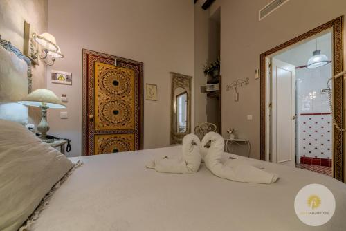 Double or Twin Room with Balcony Hotel Argantonio 5