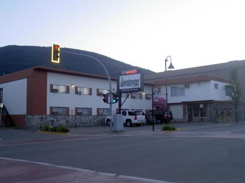 . Downtowner Motor Inn