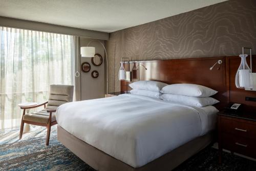 Riverview Guest Room, Guest room, 2 Queen, River view