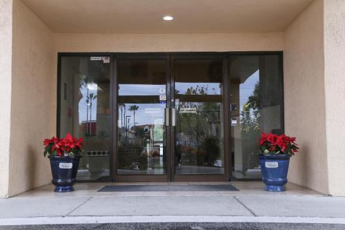 Destiny Palms Hotel Maingate West - Kissimmee, FL 34747