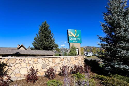 Quality Inn Near Rocky Mountain National Park - Estes Park, CO 80517
