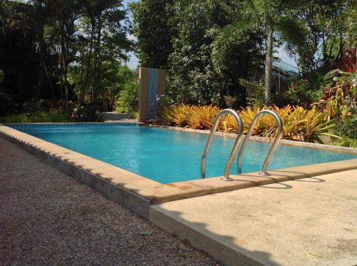 Mountain View Pool Resort