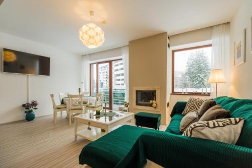 Charming 2-Bedroom, Silver Mountain, A Building - Apartment - Poiana Brasov
