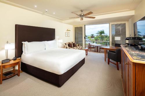 Pullman Reef Hotel Casino, 35 - 41 Wharf Street, PO Box 7320, Cairns, Queensland 4870, Australia.