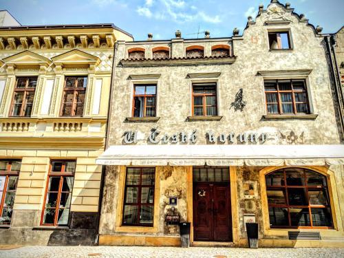 . Hotel u České koruny