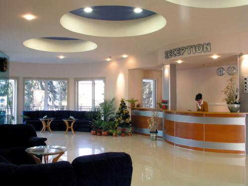 Druzhba Hotel - Photo 7 of 23