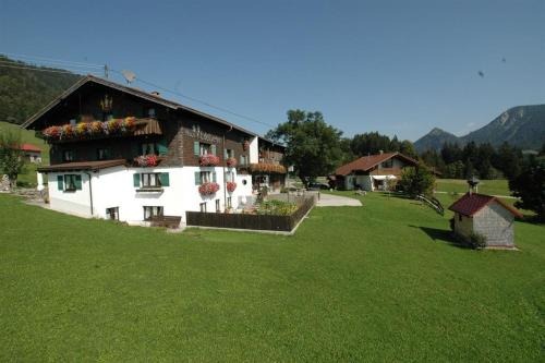 Haus Edelweiß - Apartment - Oberjoch-Hindelang