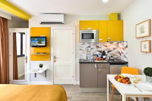 Hotel Apartamento Bajamar 85