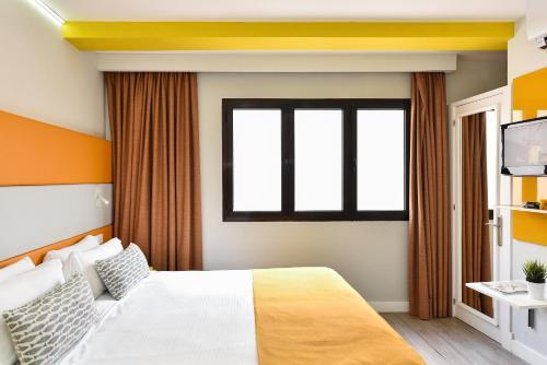 Hotel Apartamento Bajamar 86