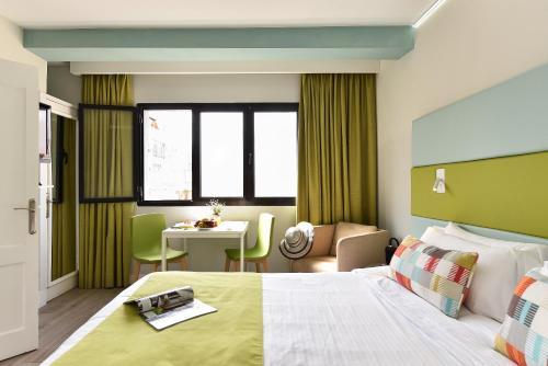 Hotel Apartamento Bajamar 77