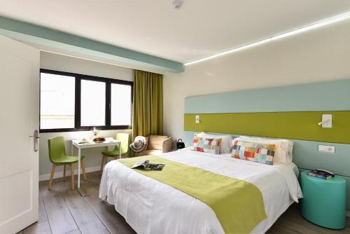 Hotel Apartamento Bajamar 78