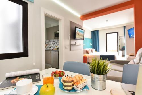 Hotel Apartamento Bajamar 56