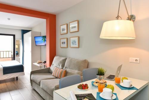 Hotel Apartamento Bajamar 57